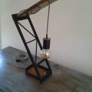 luminaire decoration industrielle - luminaire la grue -vue de 3 quarts avant - creation crea broc and co