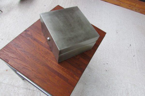 boite metalique decoration industrielle loft