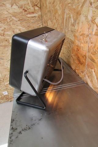 luminaire style industriel ancien chauffage electrique creation Crea Broc and Co vue de cote